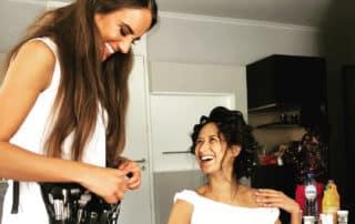 Brautstyling und Make-up Artist Aufmbruch