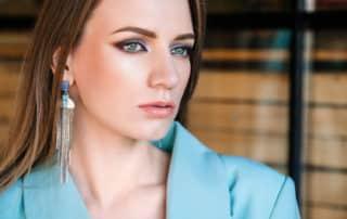 Schlupflider schminken - Brautstyling und Make-up Artist Aufmbruch